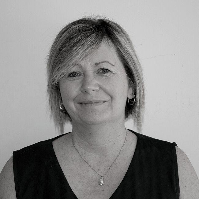 Tracey Regan